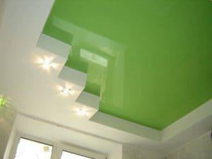 Натяжной потолок салатовый