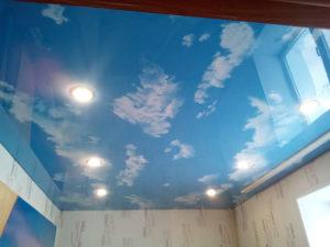 Облака на натяжном потолке